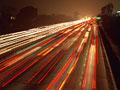 車の光跡の写真