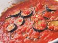 ナスとトマトのソースの写真