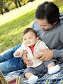 父親と赤ちゃんの写真
