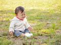 泣く赤ちゃんの写真