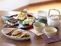 和菓子と緑茶の写真